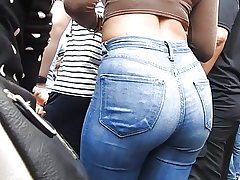 Jeans booty at entertaining spectacle