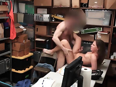 Teen shoplifter got busted and fucks for her freedom