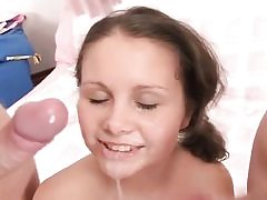 Sexy teen gets two lollipops in her hatch